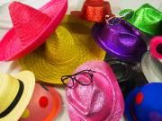 Le thème : des chapeaux, des grands ,des petits ...